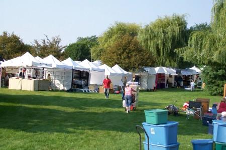 Vendors Setting Up for Septemberfest 2011